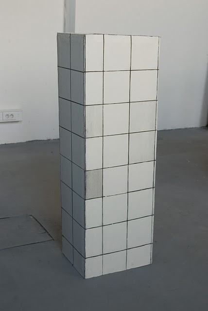 Radim Langer – Untitled, 2011, acrylic on canvas, 120 x 30 x 40 cm