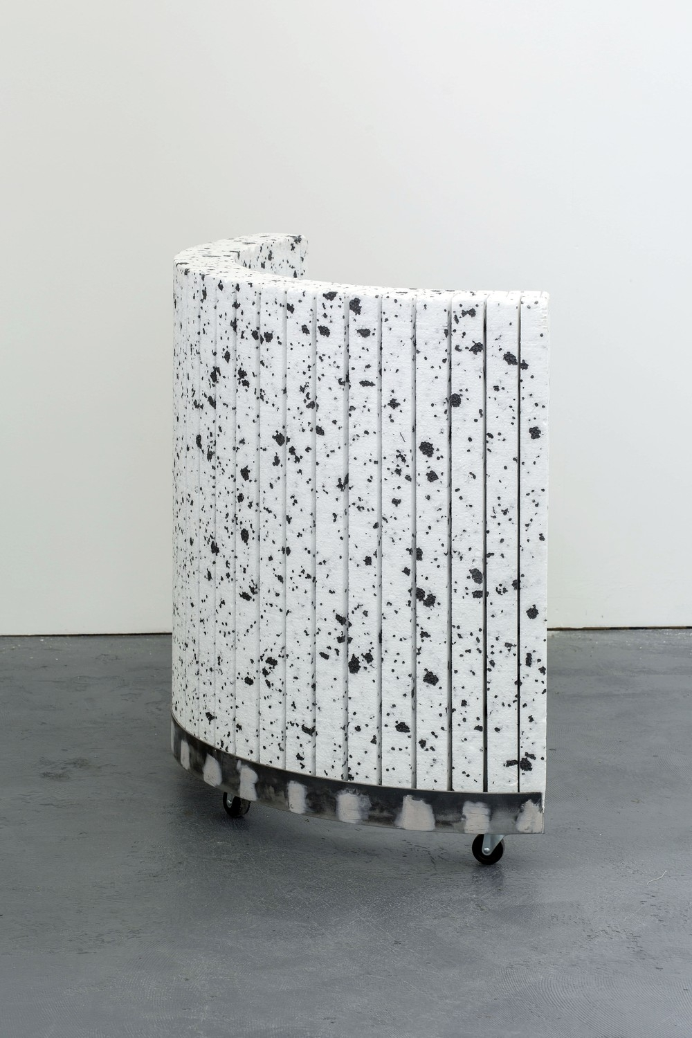 Camille Yvert – Permanent Transit, Polystyrene, metal, plywood, car body filler, wheels. 120 x 150 x 25cm, 2017